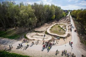 Szilas-patak kerékpáros közösségi park